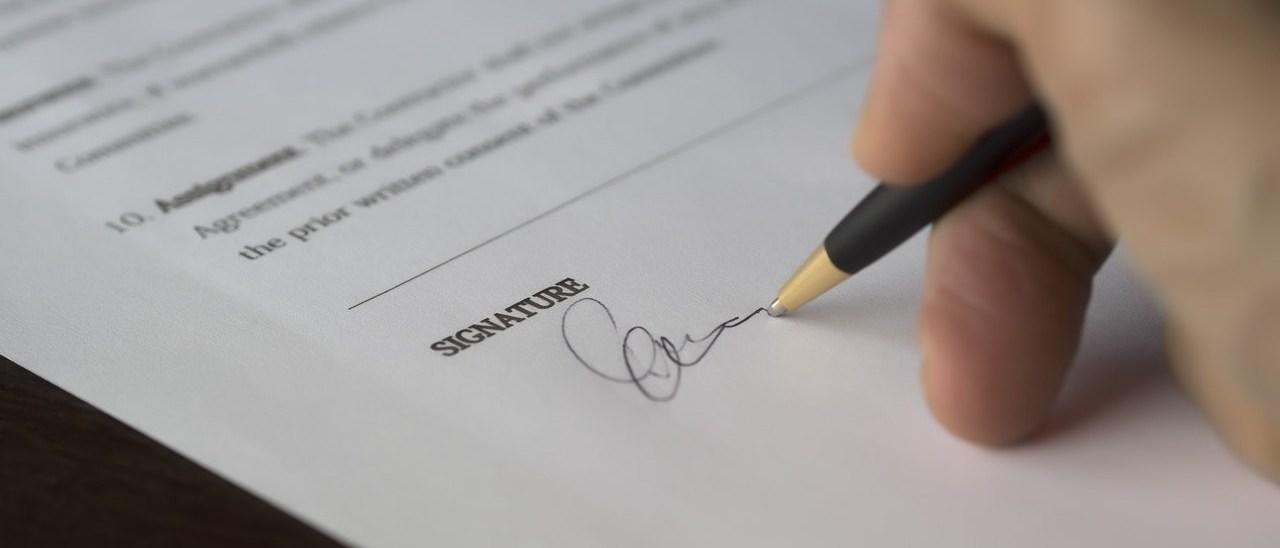 zdjęcie do W poniższym artykule poruszamy temat dotyczący zawarcia umowy deweloperskiej i towarzyszących temu kosztom.