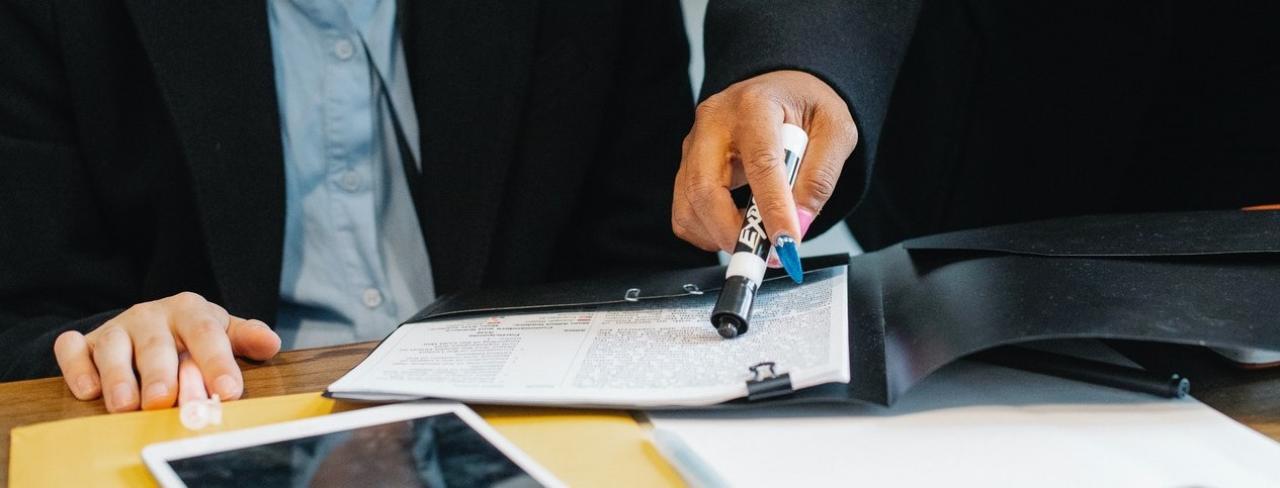 zdjęcie do W artykule znajdziesz➡️ odpowiedź,⭐ dlaczego warto skorzystać z pomocy kancelarii prawnej? W artykule znajdziesz odpowiedź.⭐