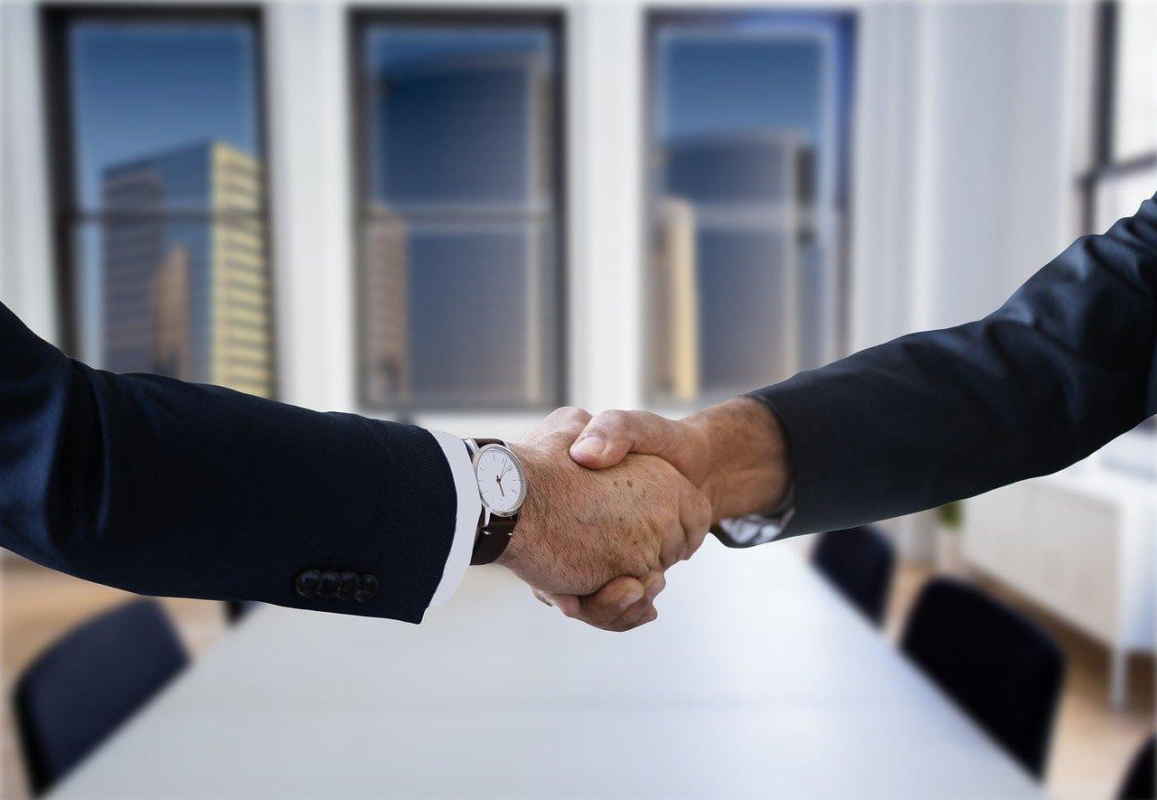 zdjęcie do Dlaczego warto skorzystać ➽ z pomocy kancelarii prawnej przy sprawdzaniu ➽umowy deweloperskiej? W artykule znajdziesz odpowiedź.⭐