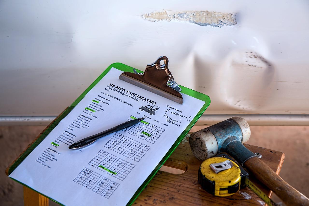 Inżynierowie Pewny Lokal podczas odbiorów technicznych korzystają ze specjalnej checklisty.