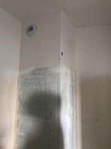 Globalne zawilgocenie pionu w łazience
