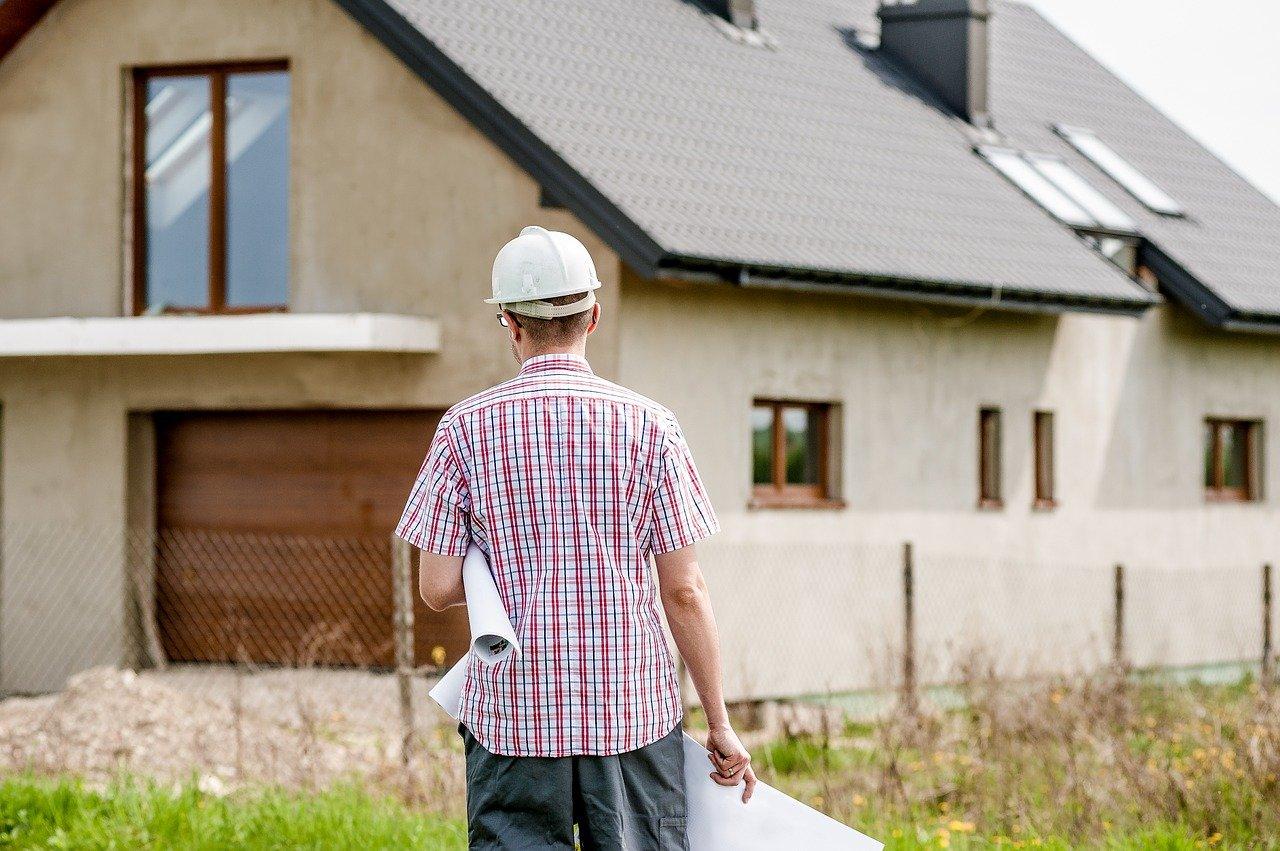 zdjęcie do W poniższym artykule podpowiadamy, dlaczego warto przeprowadzić inspekcję domu przed jego kupnem.