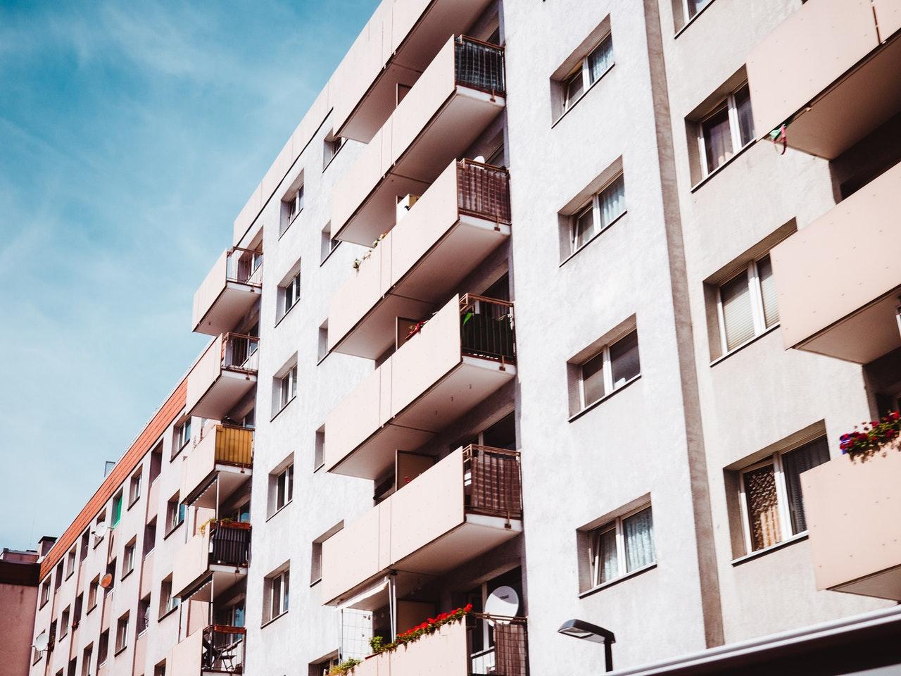 zdjęcie do W poniższym artykule wyjaśniamy, jak powinien wyglądać odbiór mieszkania na rynku wtórnym.