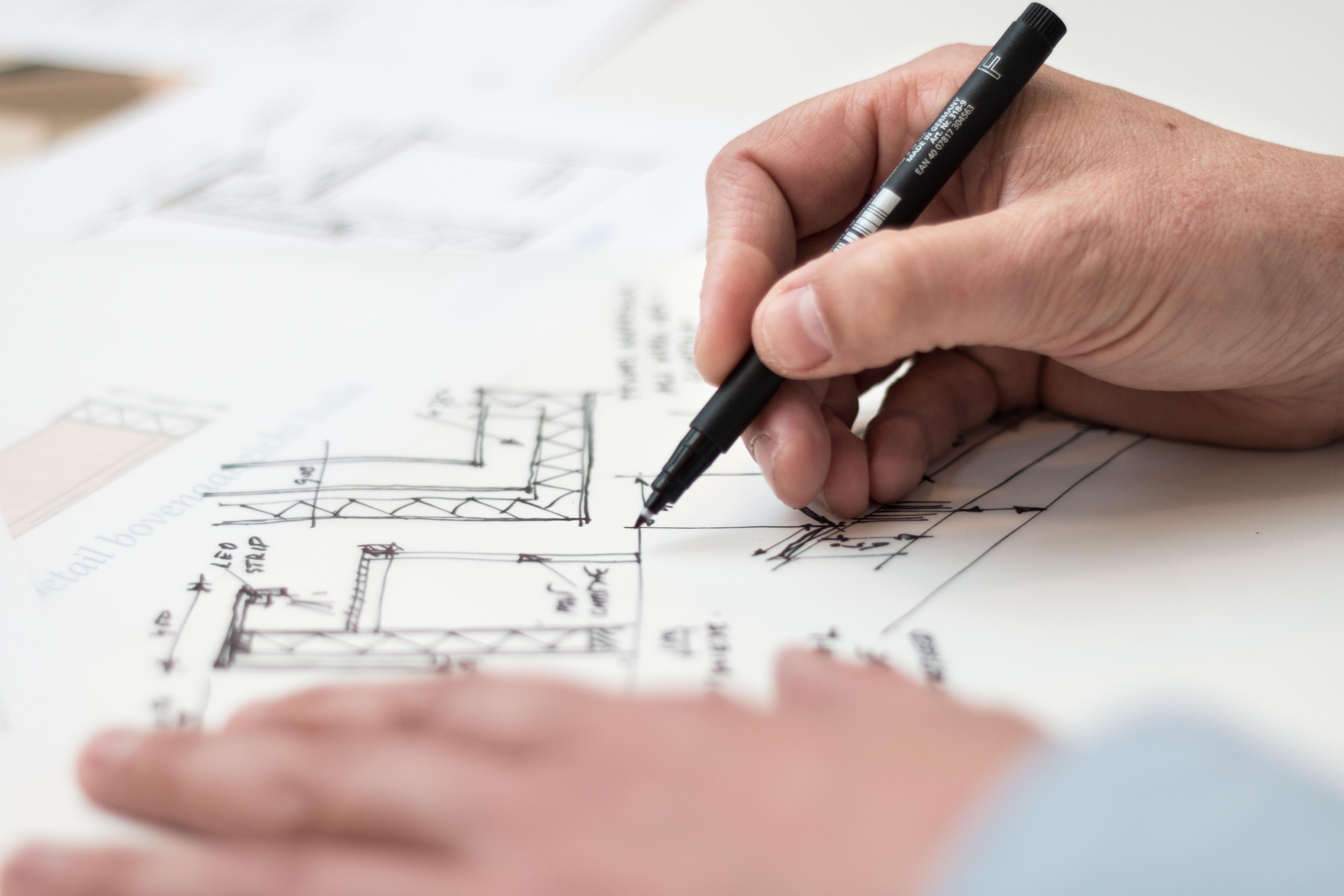 zdjęcie do W artykule przedstawiamy jaki wpływ na odbiór techniczny lokalu ma uzyskanie pozwolenia na użytkowanie budynku. Czy możliwy jest odbiór techniczny przed pozwoleniem na użytkowanie budynku?